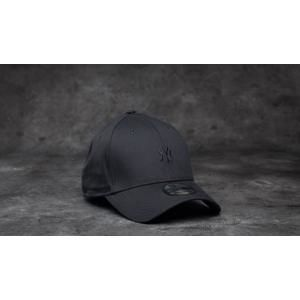 New Era 39Thirty Mini Logo Essential New York Yankees Cap Black/ Black