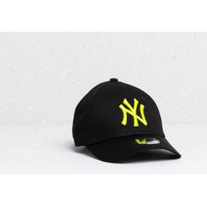 New Era Kids 9Forty MLB Essential New York Yankees Cap Black/ Cyber Green