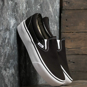 Vans Classic Slip-On Platform Black